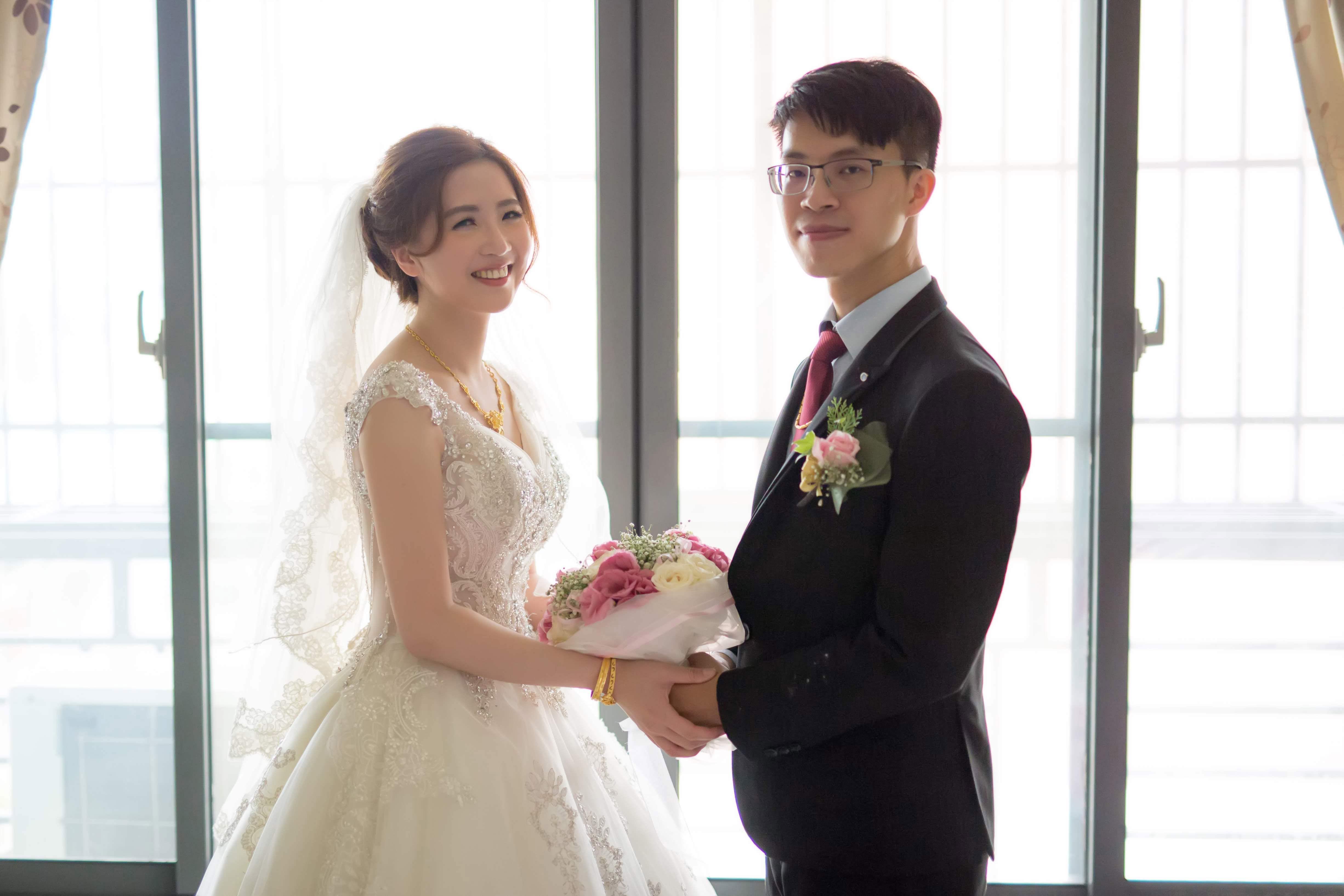 婚宴新娘秘書│簡約耐看造型和淡雅自然的妝容